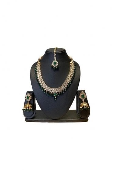 NLS19027 Elegant Emerald Green and Gold Kundan Necklace Set with Matching Earrings and Tikka